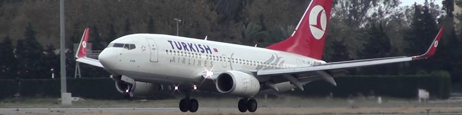 Boeing 737-700 Turkish Airlines