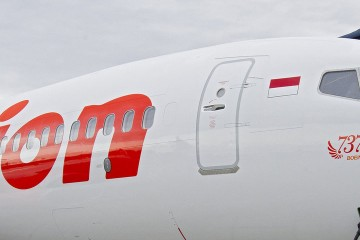 Boeing 737 Lion Airlines